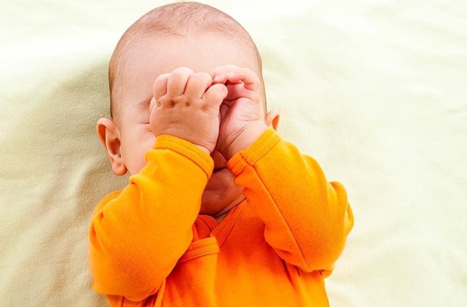 TIPS MENGHILANGKAN SELESEMA DAN HIDUNG TERSUMBAT BABY!